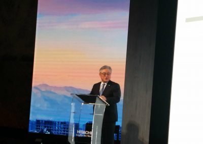 TOSHIAKI HIGASHIHARA CEO e presidente di Hitachi Global